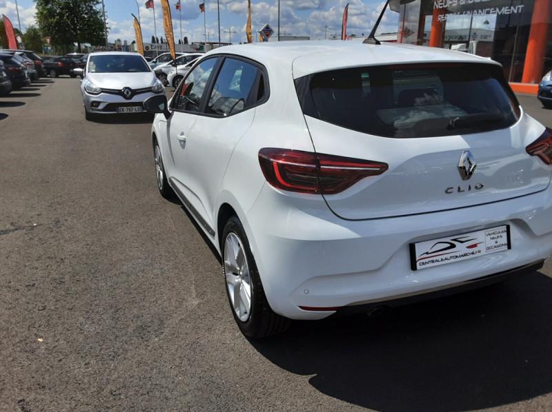 Photo 10 de l'offre de RENAULT CLIO Blue dCi 85 Business à 14700€ chez Centrale Auto Marché Mussidan