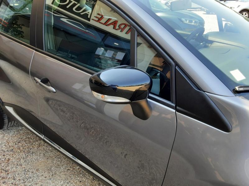 Photo 8 de l'offre de RENAULT CAPTUR dCi 110 Energy Business à 12490€ chez Centrale Auto Marché Mussidan