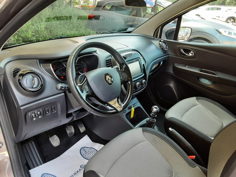 Photo 26 de l'offre de RENAULT CAPTUR dCi 110 Energy Business à 12490€ chez Centrale Auto Marché Mussidan