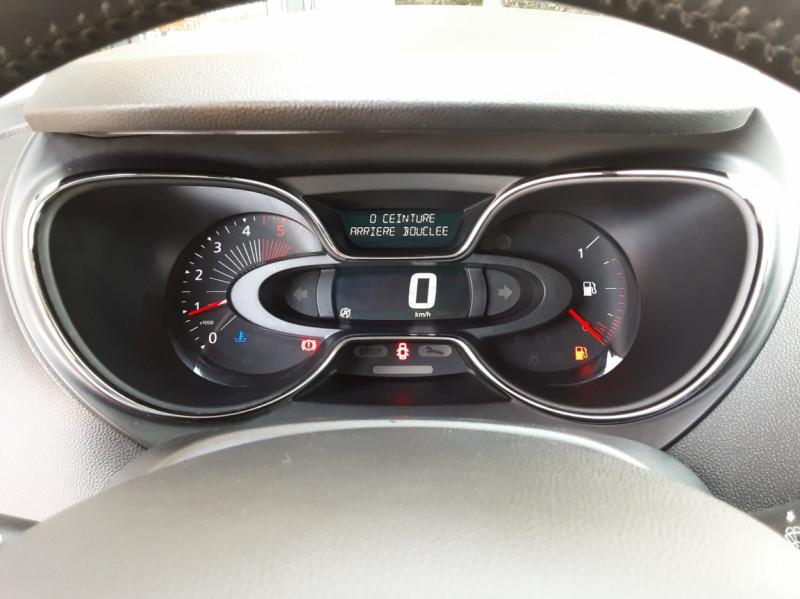 Photo 36 de l'offre de RENAULT CAPTUR dCi 110 Energy Business à 12490€ chez Centrale Auto Marché Mussidan