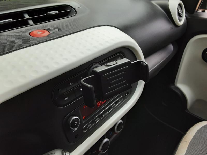 Photo 50 de l'offre de RENAULT TWINGO III 0.9 TCe 90 Energy Zen  à 8990€ chez Centrale Auto Marché Mussidan