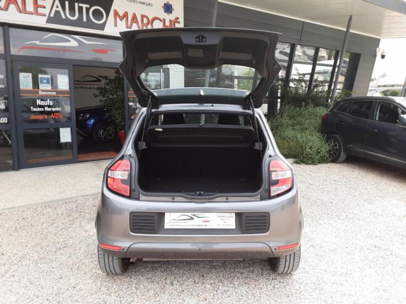 Photo 18 de l'offre de RENAULT TWINGO III 0.9 TCe 90 Energy Zen  à 8990€ chez Centrale Auto Marché Mussidan