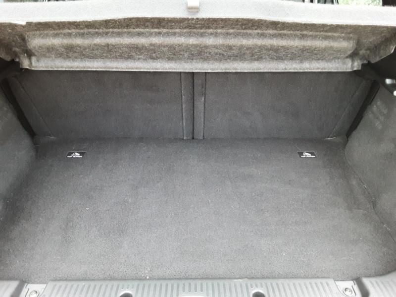 Photo 17 de l'offre de RENAULT TWINGO III 0.9 TCe 90 Energy Zen  à 8990€ chez Centrale Auto Marché Mussidan