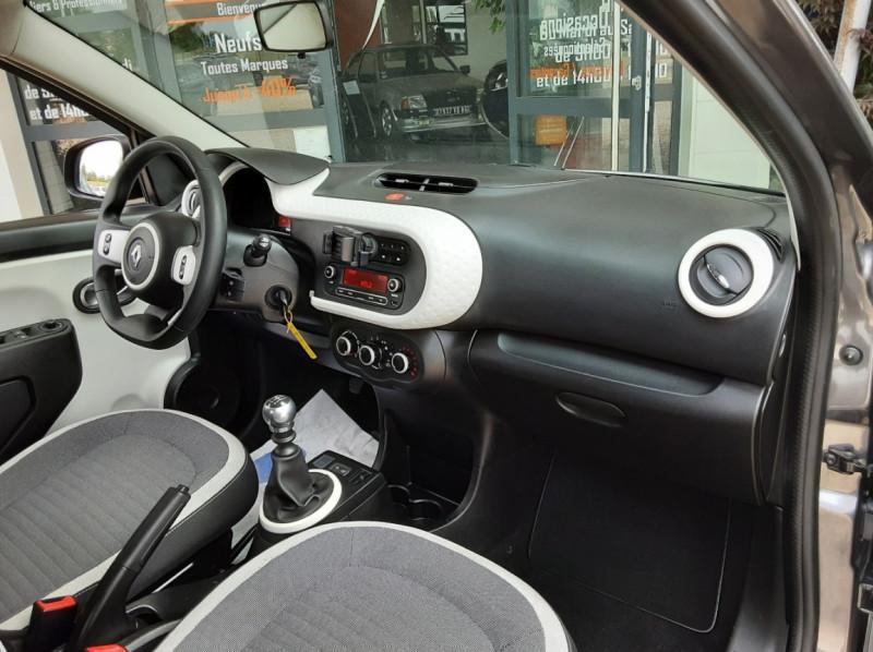 Photo 25 de l'offre de RENAULT TWINGO III 0.9 TCe 90 Energy Zen  à 8990€ chez Centrale Auto Marché Mussidan