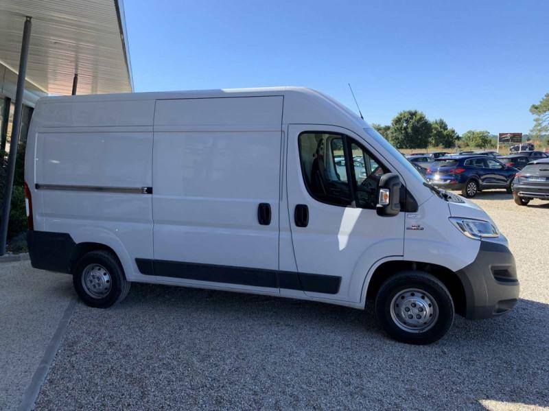Photo 31 de l'offre de FIAT DUCATO 3.0 C H2 2.0 MJT 115 EURO 6 PACK PRO NAV à 18500€ chez Centrale Auto Marché Mussidan