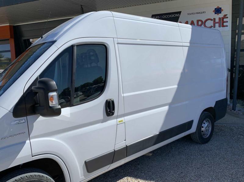 Photo 5 de l'offre de FIAT DUCATO 3.0 C H2 2.0 MJT 115 EURO 6 PACK PRO NAV à 18500€ chez Centrale Auto Marché Mussidan
