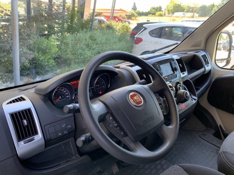 Photo 16 de l'offre de FIAT DUCATO 3.0 C H2 2.0 MJT 115 EURO 6 PACK PRO NAV à 18500€ chez Centrale Auto Marché Mussidan