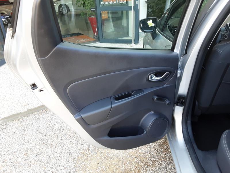 Photo 39 de l'offre de RENAULT CLIO Clio TCe 90 Energy Limited à 9990€ chez Centrale Auto Marché Mussidan