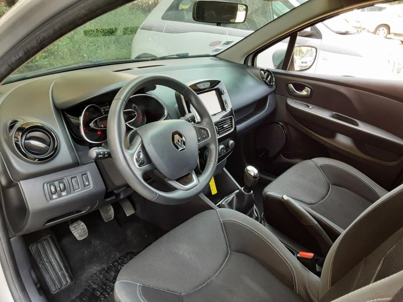Photo 15 de l'offre de RENAULT CLIO Clio TCe 90 Energy Limited à 9990€ chez Centrale Auto Marché Mussidan