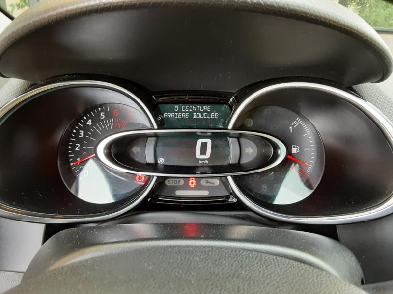 Photo 23 de l'offre de RENAULT CLIO Clio TCe 90 Energy Limited à 9990€ chez Centrale Auto Marché Mussidan