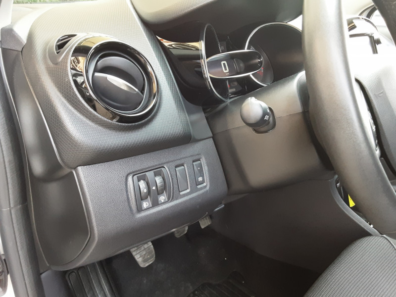 Photo 40 de l'offre de RENAULT CLIO Clio TCe 90 Energy Limited à 9990€ chez Centrale Auto Marché Mussidan