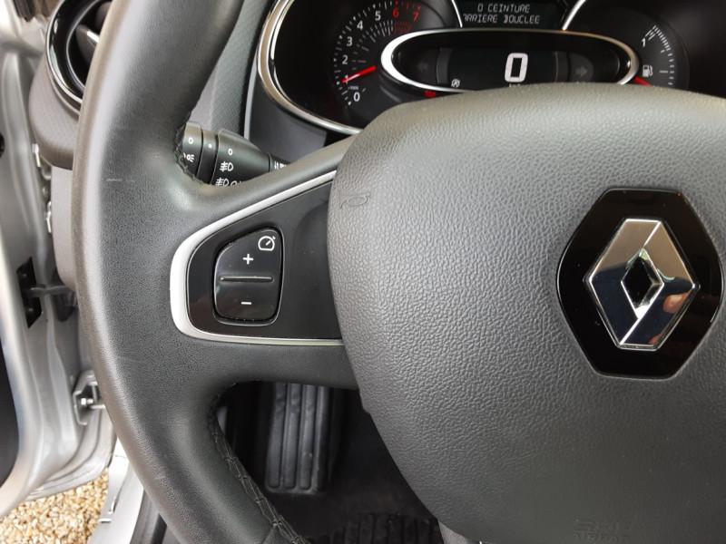 Photo 44 de l'offre de RENAULT CLIO Clio TCe 90 Energy Limited à 9990€ chez Centrale Auto Marché Mussidan
