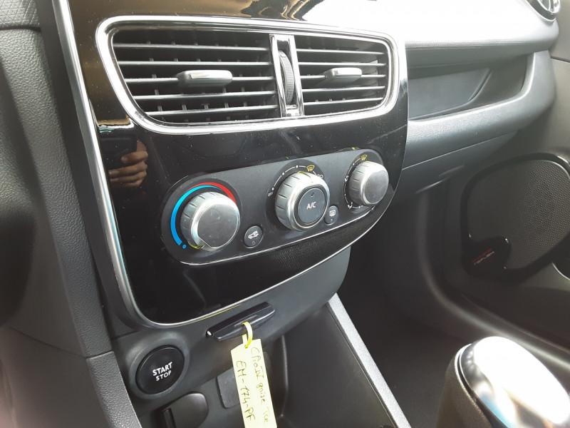 Photo 20 de l'offre de RENAULT CLIO Clio TCe 90 Energy Limited à 9990€ chez Centrale Auto Marché Mussidan