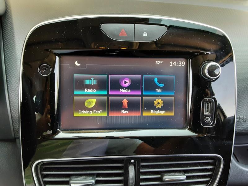 Photo 22 de l'offre de RENAULT CLIO Clio TCe 90 Energy Limited à 9990€ chez Centrale Auto Marché Mussidan
