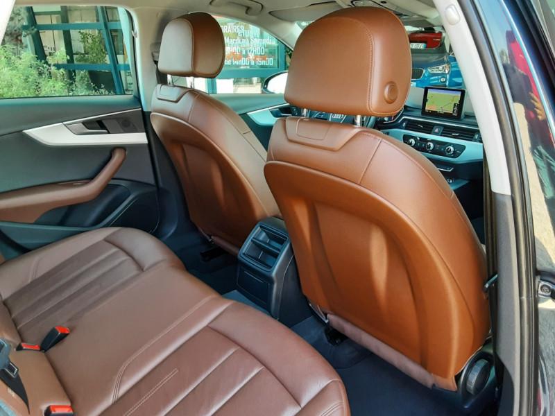 Photo 13 de l'offre de AUDI A4 A4 2.0 TDI 150 Business Line à 18490€ chez Centrale Auto Marché Mussidan