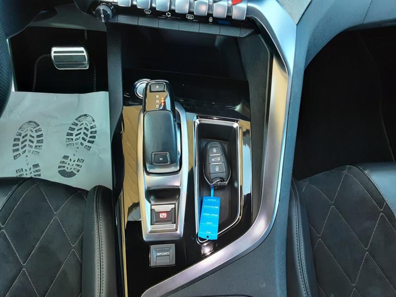 Photo 21 de l'offre de PEUGEOT 3008 BlueHDi 180ch SetS EAT6 GT  à 26490€ chez Centrale Auto Marché Mussidan