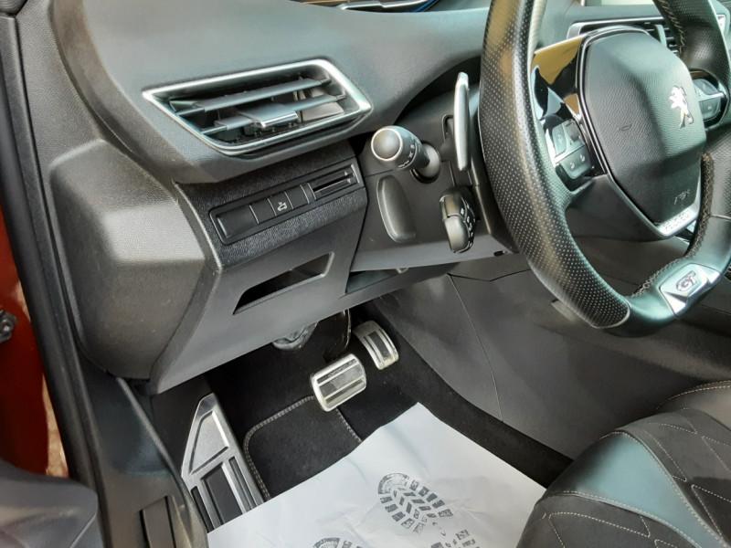 Photo 22 de l'offre de PEUGEOT 3008 BlueHDi 180ch SetS EAT6 GT  à 26490€ chez Centrale Auto Marché Mussidan