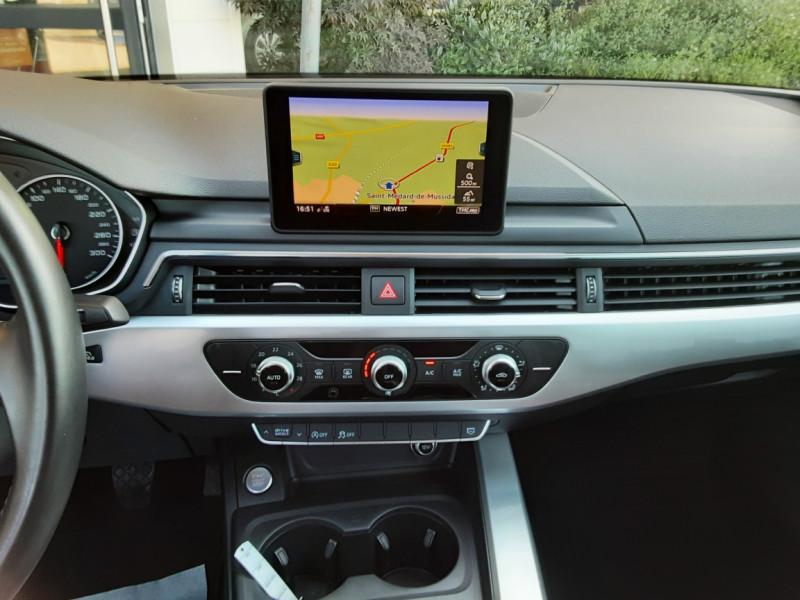 Photo 17 de l'offre de AUDI A4 A4 2.0 TDI 150 Business Line à 18490€ chez Centrale Auto Marché Mussidan