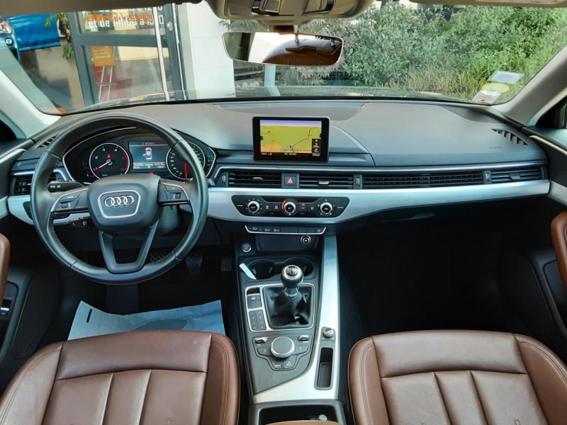 Photo 10 de l'offre de AUDI A4 A4 2.0 TDI 150 Business Line à 18490€ chez Centrale Auto Marché Mussidan