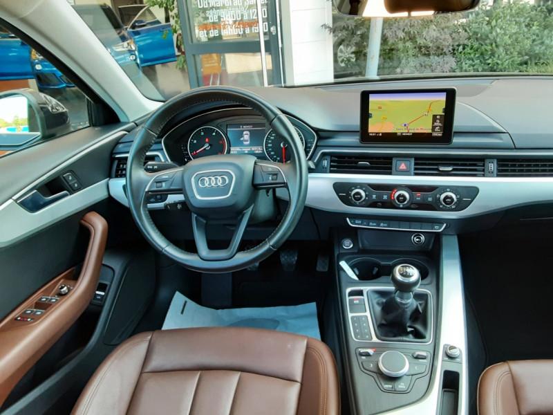Photo 18 de l'offre de AUDI A4 A4 2.0 TDI 150 Business Line à 18490€ chez Centrale Auto Marché Mussidan