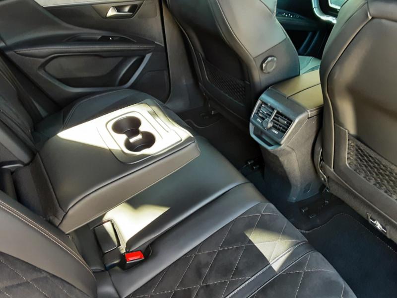 Photo 16 de l'offre de PEUGEOT 3008 BlueHDi 180ch SetS EAT6 GT  à 26490€ chez Centrale Auto Marché Mussidan