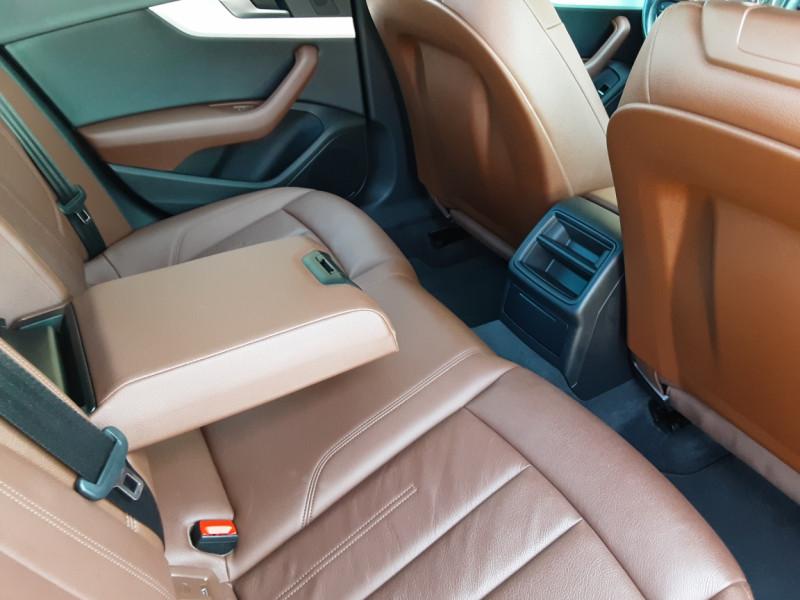 Photo 11 de l'offre de AUDI A4 A4 2.0 TDI 150 Business Line à 18490€ chez Centrale Auto Marché Mussidan