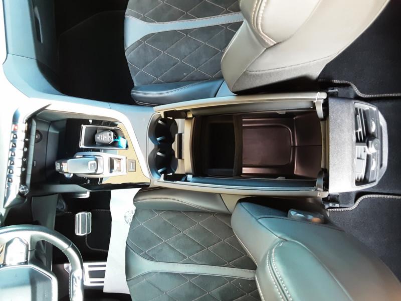 Photo 14 de l'offre de PEUGEOT 3008 BlueHDi 180ch SetS EAT6 GT  à 26490€ chez Centrale Auto Marché Mussidan