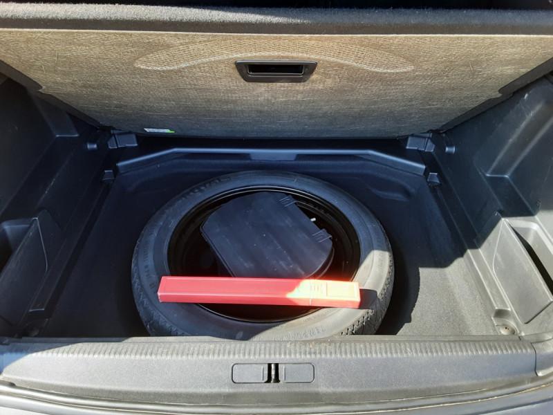 Photo 39 de l'offre de PEUGEOT 3008 BlueHDi 180ch SetS EAT6 GT  à 26490€ chez Centrale Auto Marché Mussidan