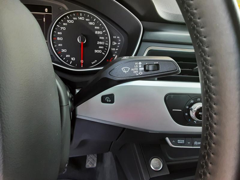 Photo 22 de l'offre de AUDI A4 A4 2.0 TDI 150 Business Line à 18490€ chez Centrale Auto Marché Mussidan
