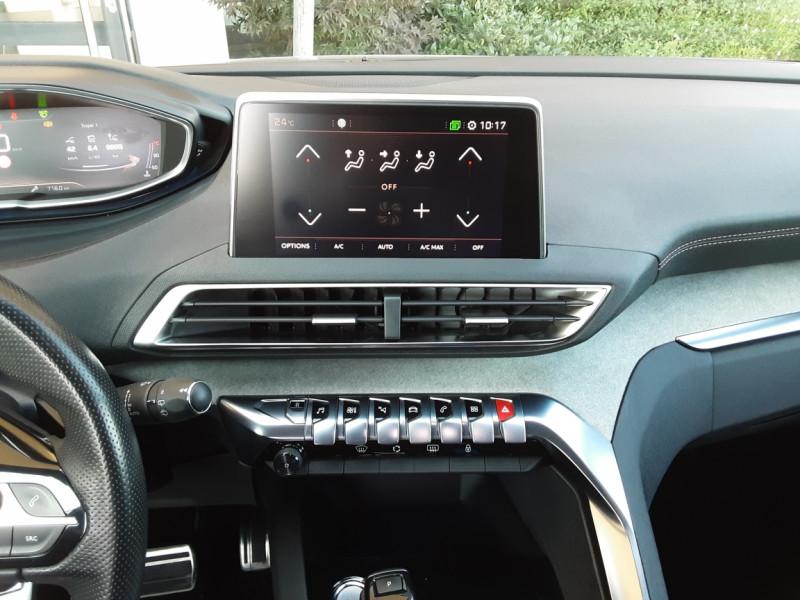 Photo 40 de l'offre de PEUGEOT 3008 BlueHDi 180ch SetS EAT6 GT  à 26490€ chez Centrale Auto Marché Mussidan