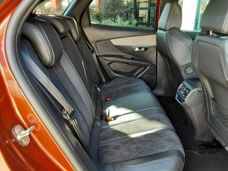 Photo 12 de l'offre de PEUGEOT 3008 BlueHDi 180ch SetS EAT6 GT  à 26490€ chez Centrale Auto Marché Mussidan