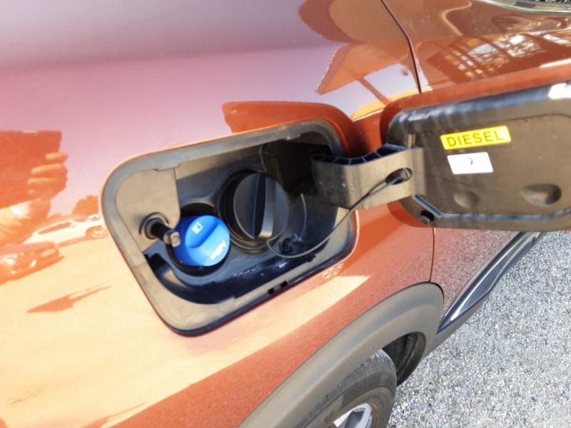 Photo 11 de l'offre de PEUGEOT 3008 BlueHDi 180ch SetS EAT6 GT  à 26490€ chez Centrale Auto Marché Mussidan