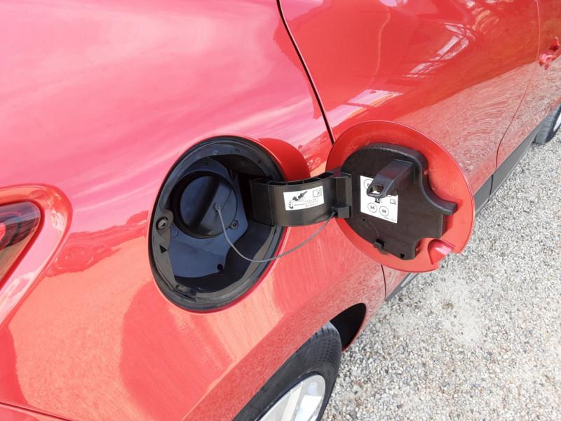 Photo 41 de l'offre de RENAULT CLIO TCe 90 E6C Business à 11490€ chez Centrale Auto Marché Mussidan