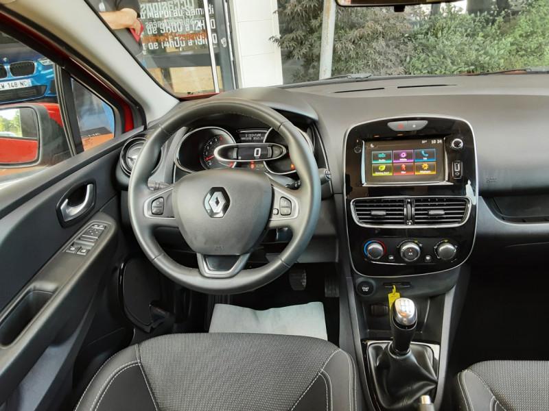 Photo 8 de l'offre de RENAULT CLIO TCe 90 E6C Business à 11490€ chez Centrale Auto Marché Mussidan