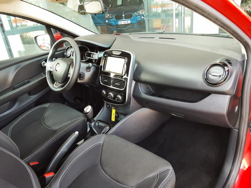 Photo 11 de l'offre de RENAULT CLIO TCe 90 E6C Business à 11490€ chez Centrale Auto Marché Mussidan