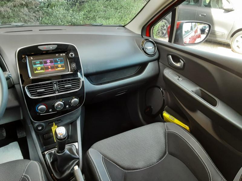 Photo 9 de l'offre de RENAULT CLIO TCe 90 E6C Business à 11490€ chez Centrale Auto Marché Mussidan