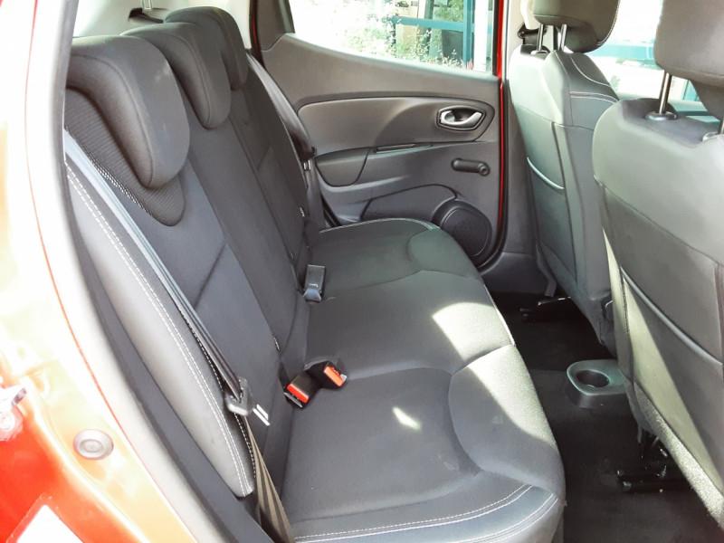 Photo 5 de l'offre de RENAULT CLIO TCe 90 E6C Business à 11490€ chez Centrale Auto Marché Mussidan