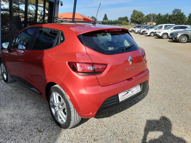 Photo 28 de l'offre de RENAULT CLIO TCe 90 E6C Business à 11490€ chez Centrale Auto Marché Mussidan