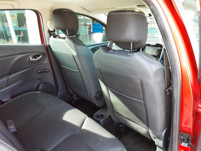 Photo 7 de l'offre de RENAULT CLIO TCe 90 E6C Business à 11490€ chez Centrale Auto Marché Mussidan