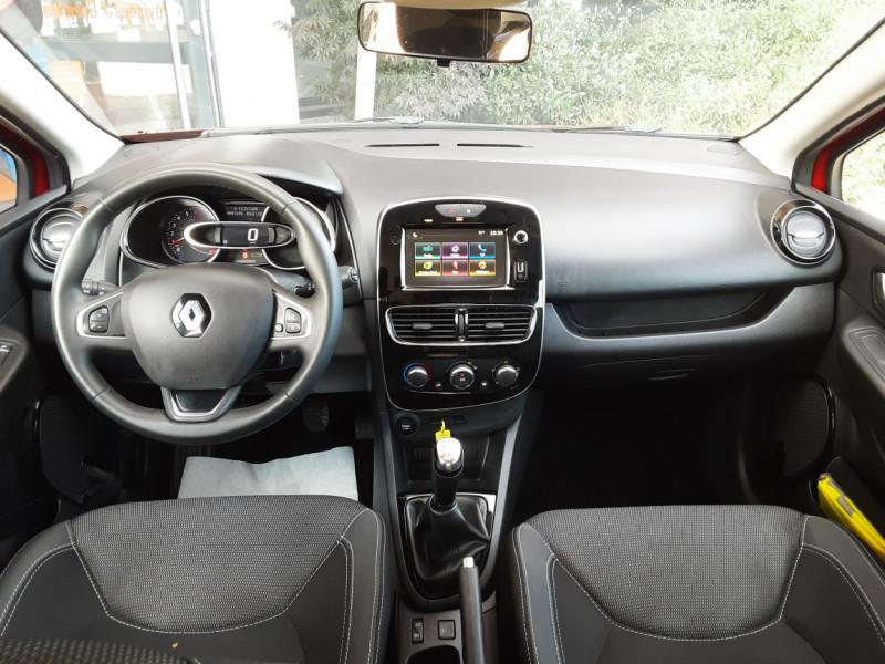 Photo 47 de l'offre de RENAULT CLIO TCe 90 E6C Business à 11490€ chez Centrale Auto Marché Mussidan