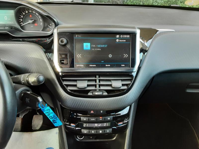 Photo 11 de l'offre de PEUGEOT 208 1.6 BlueHDi 100ch SetS BVM5 Allure Business à 10890€ chez Centrale Auto Marché Mussidan