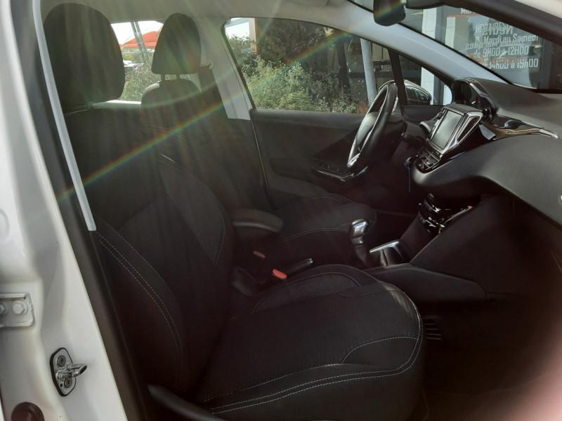 Photo 40 de l'offre de PEUGEOT 208 1.6 BlueHDi 100ch SetS BVM5 Allure Business à 10890€ chez Centrale Auto Marché Mussidan