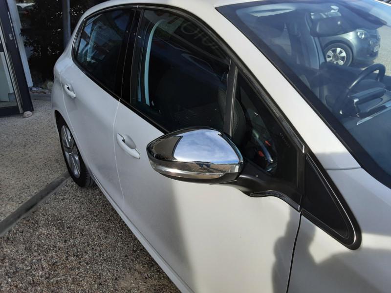 Photo 3 de l'offre de PEUGEOT 208 1.6 BlueHDi 100ch SetS BVM5 Allure Business à 10890€ chez Centrale Auto Marché Mussidan