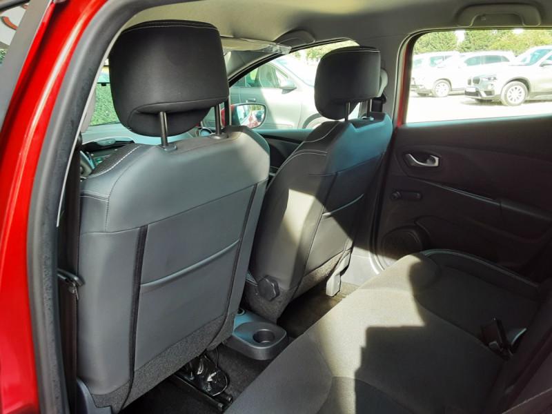 Photo 6 de l'offre de RENAULT CLIO TCe 90 E6C Business à 11490€ chez Centrale Auto Marché Mussidan