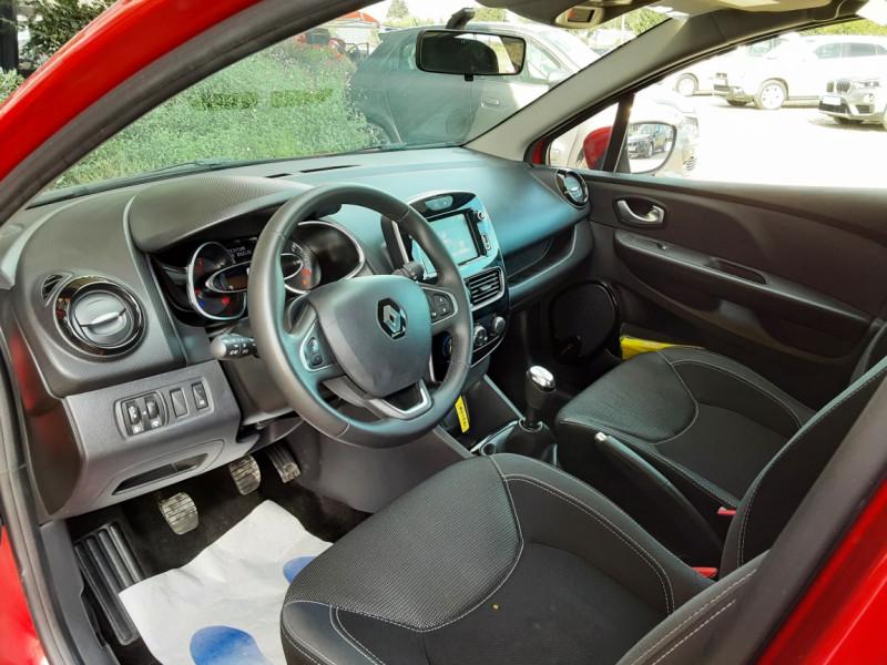Photo 40 de l'offre de RENAULT CLIO TCe 90 E6C Business à 11490€ chez Centrale Auto Marché Mussidan