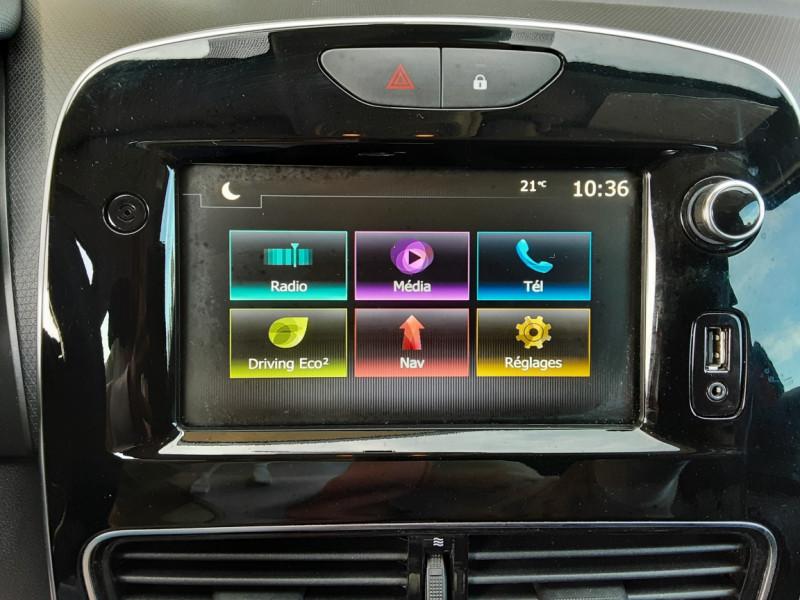 Photo 50 de l'offre de RENAULT CLIO TCe 90 E6C Business à 11490€ chez Centrale Auto Marché Mussidan