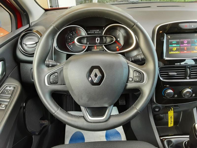 Photo 3 de l'offre de RENAULT CLIO TCe 90 E6C Business à 11490€ chez Centrale Auto Marché Mussidan