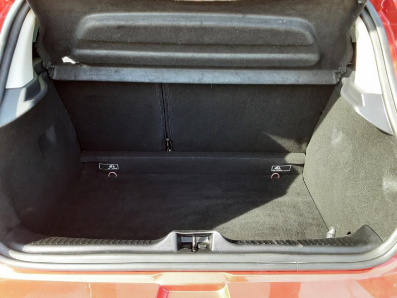 Photo 31 de l'offre de RENAULT CLIO TCe 90 E6C Business à 11490€ chez Centrale Auto Marché Mussidan