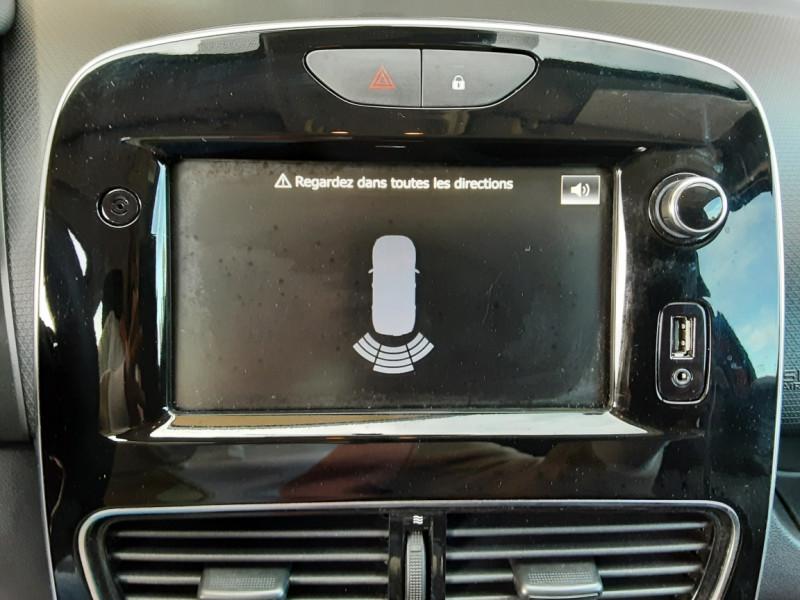 Photo 13 de l'offre de RENAULT CLIO TCe 90 E6C Business à 11490€ chez Centrale Auto Marché Mussidan