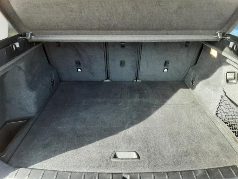 Photo 35 de l'offre de BMW X1 sDrive 16d 116 ch DKG7 Business Design à 25900€ chez Centrale Auto Marché Mussidan